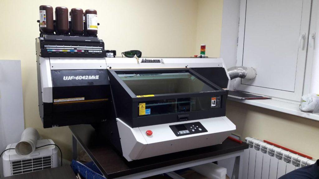 Настольный УФ-принтер Mimaki UJF-6042 MkII